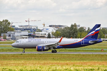 VP-BEO - Aeroflot Airbus A320