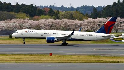 N820DX - Delta Air Lines Boeing 757-200WL
