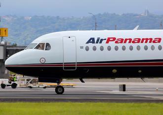 HP-1895PST - Air Panama Fokker 100