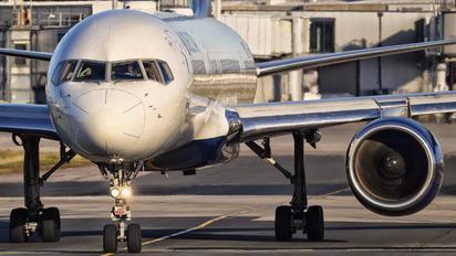 N721TW - Delta Air Lines Boeing 757-200