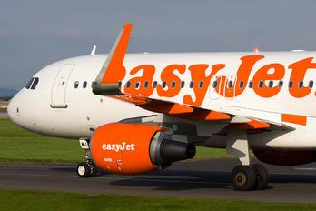 G-EZWU - easyJet Airbus A320