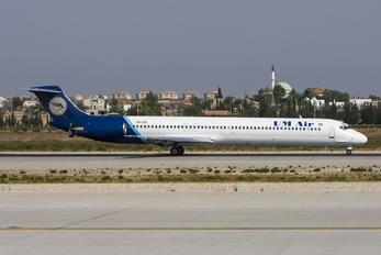 URCFE - UM Air McDonnell Douglas MD-82