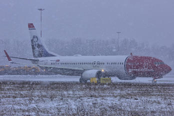 LN-DYT - Norwegian Air Shuttle Boeing 737-800