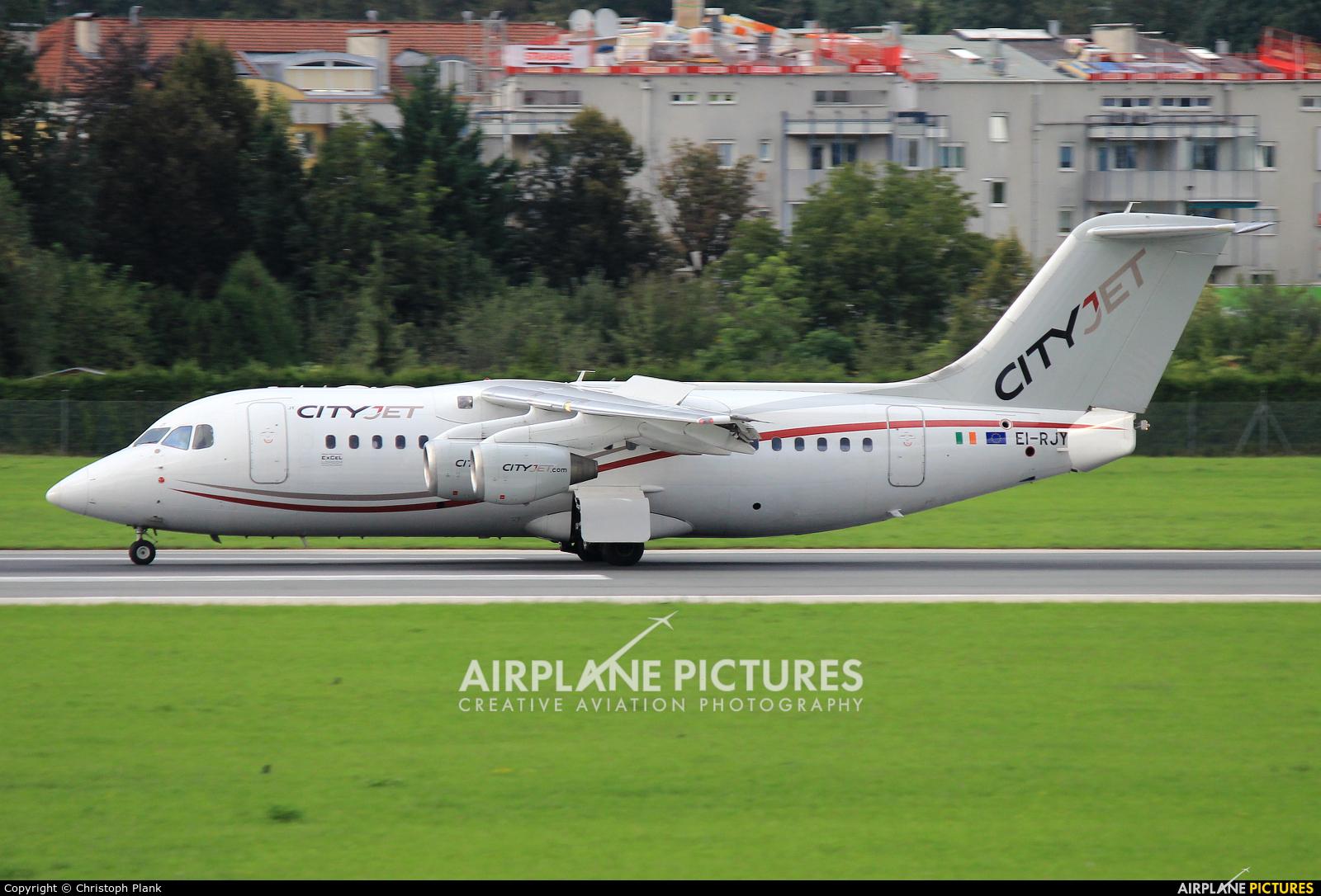 CityJet EI-RJY aircraft at Innsbruck