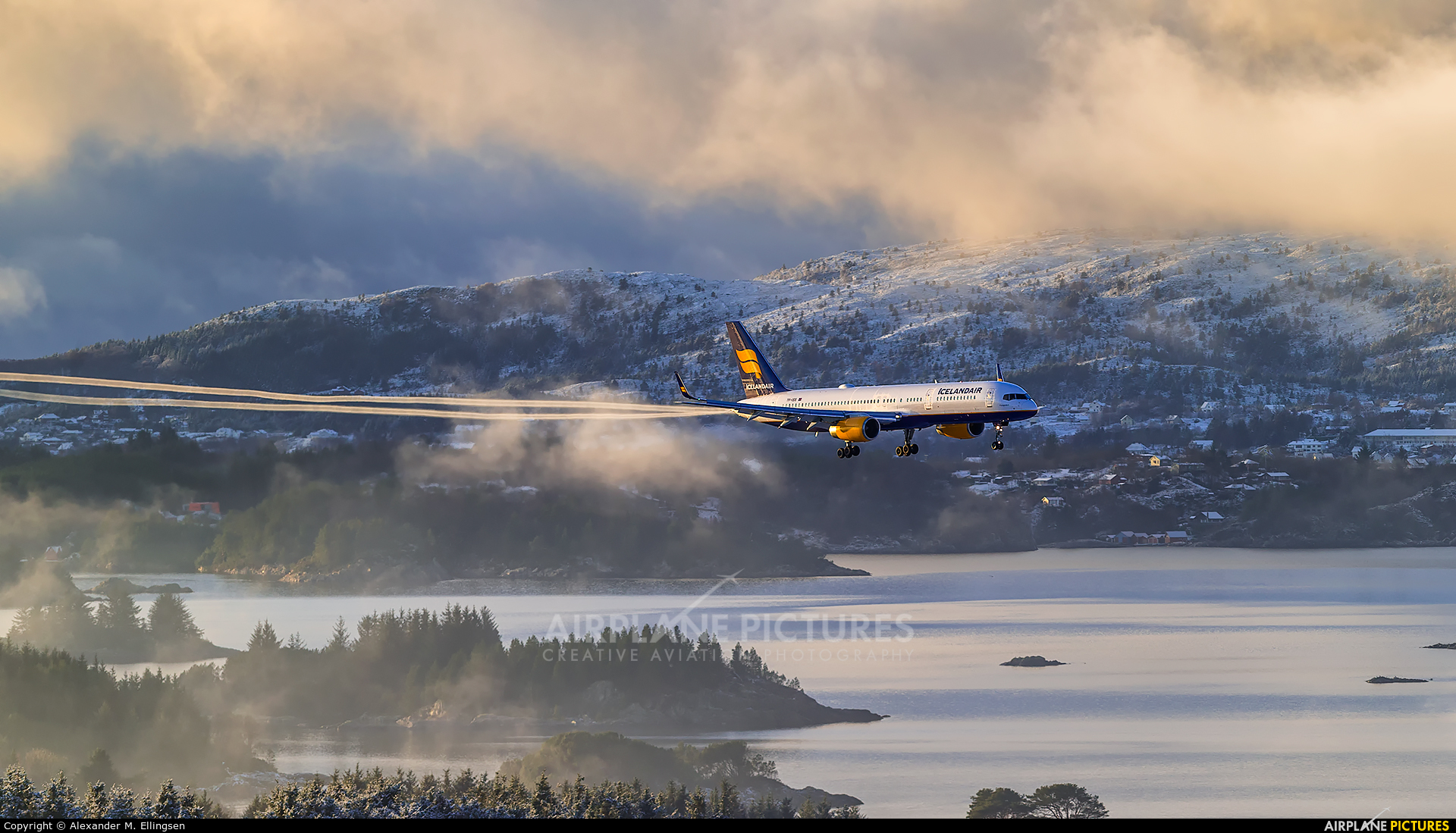 Icelandair TF-ISS aircraft at Bergen - Flesland