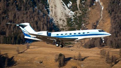 N8833 - Private Gulfstream Aerospace G650, G650ER