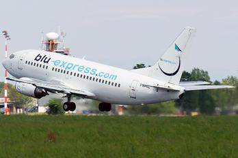 I-BPAL - Blu Express Boeing 737-500