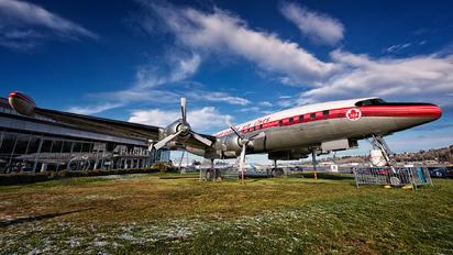 CF-TGE - Trans Canada Airlines Lockheed L-1049B Super Contellation