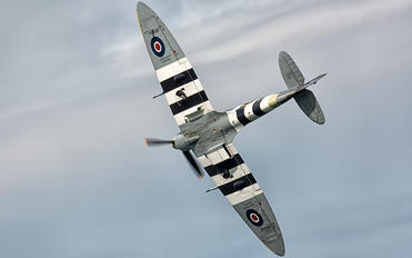 "AB910 - Royal Air Force ""Battle of Britain Memorial Flight&quot Supermarine Spitfire Vb"