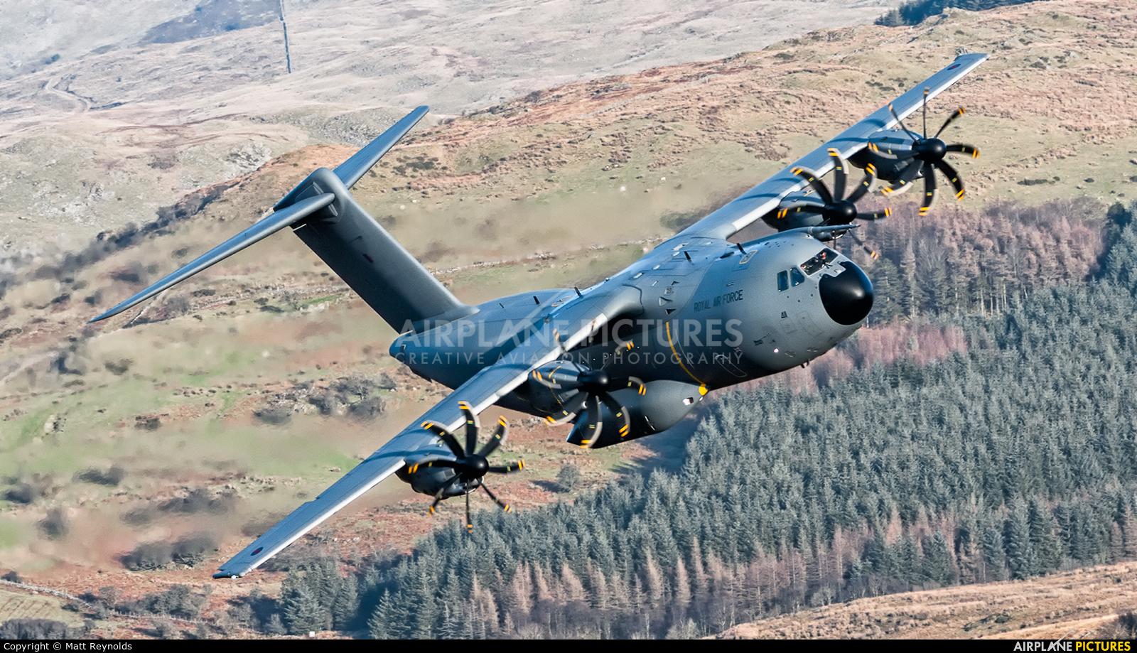Royal Air Force ZM411 aircraft at Machynlleth Loop - LFA 7