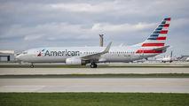 N827NN - American Airlines Boeing 737-800 aircraft