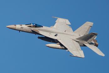 168463 - USA - Navy McDonnell Douglas F/A-18E Super Hornet
