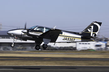 JA5307 - Private Beechcraft 58 Baron