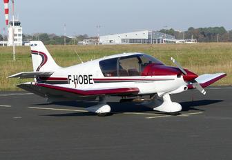 F-HOBE - Aéroclub Basque Robin DR 400-140