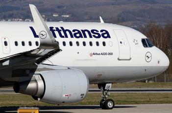 D-AIUI - Lufthansa Airbus A320