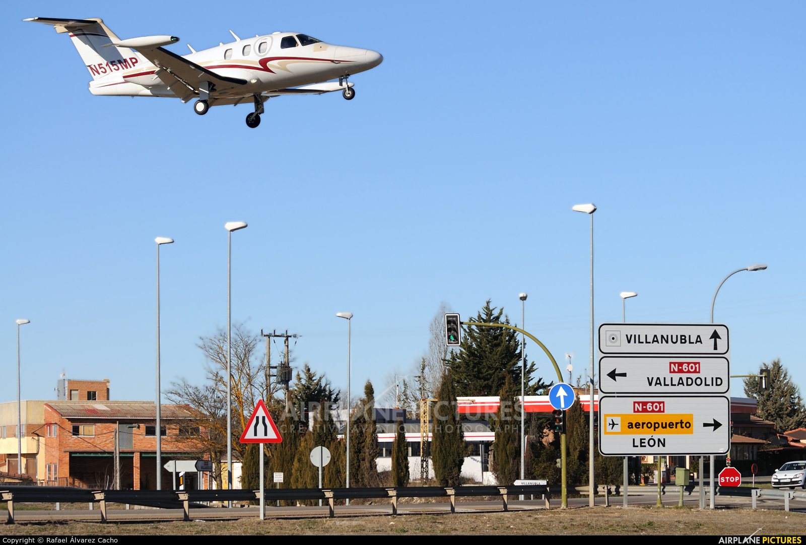 Private N515MP aircraft at Valladolid - Villanubla
