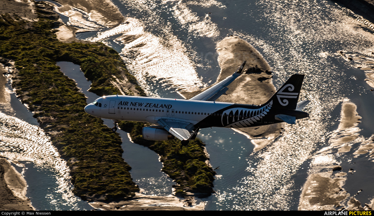 Air New Zealand ZK-OXC aircraft at Queenstown - Frankton