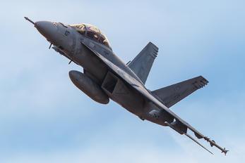 166922 - USA - Navy McDonnell Douglas F/A-18E Super Hornet