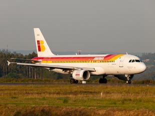 EC-HAG - Iberia Airbus A320
