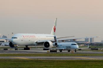 C-FWRR - Air Canada Express Canadair CL-600 CRJ-100