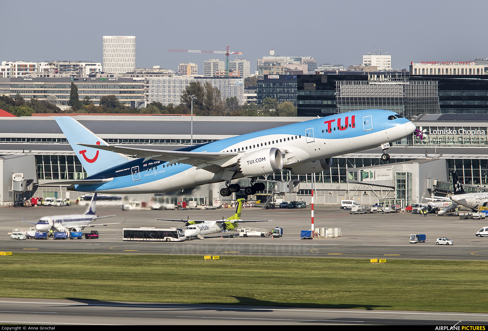 TUI Airlines Netherlands PH-TFM aircraft at Warsaw - Frederic Chopin