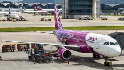 JA816P - Peach Aviation Airbus A320
