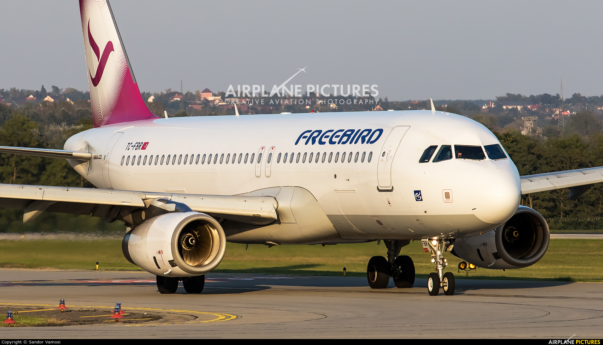 FreeBird Airlines TC-FBR aircraft at Budapest Ferenc Liszt International Airport
