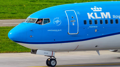 PH-BGB - KLM Boeing 737-800