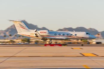 N203AH - Private Gulfstream Aerospace G-IV,  G-IV-SP, G-IV-X, G300, G350, G400, G450