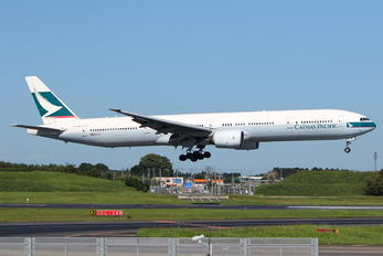 B-HNO - Cathay Pacific Boeing 777-300