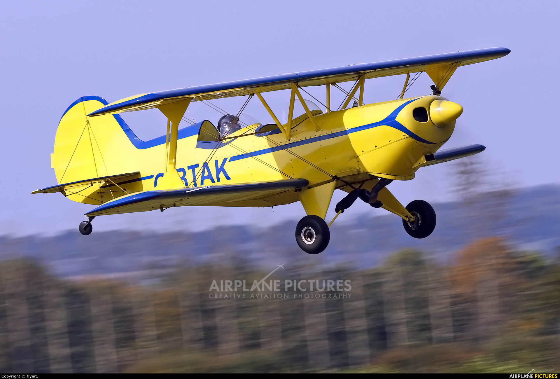 Private G-BTAK aircraft at Lashenden / Headcorn