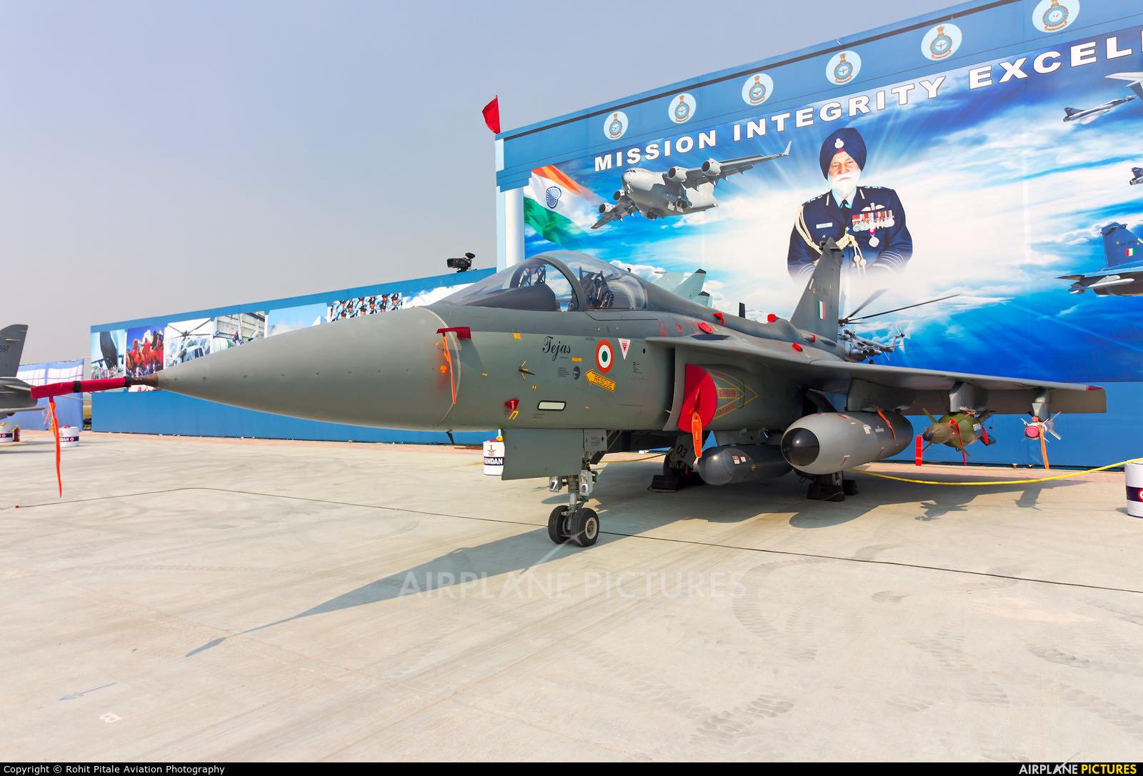 India - Air Force LA-5003 aircraft at Hindon AFB