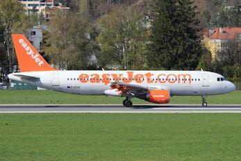 G-EZUZ - easyJet Airbus A320
