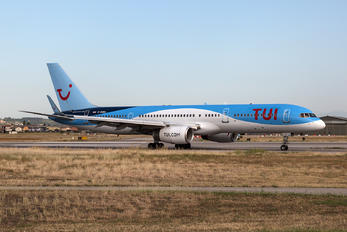 G-OOBG - TUI Airlines UK Boeing 757-200