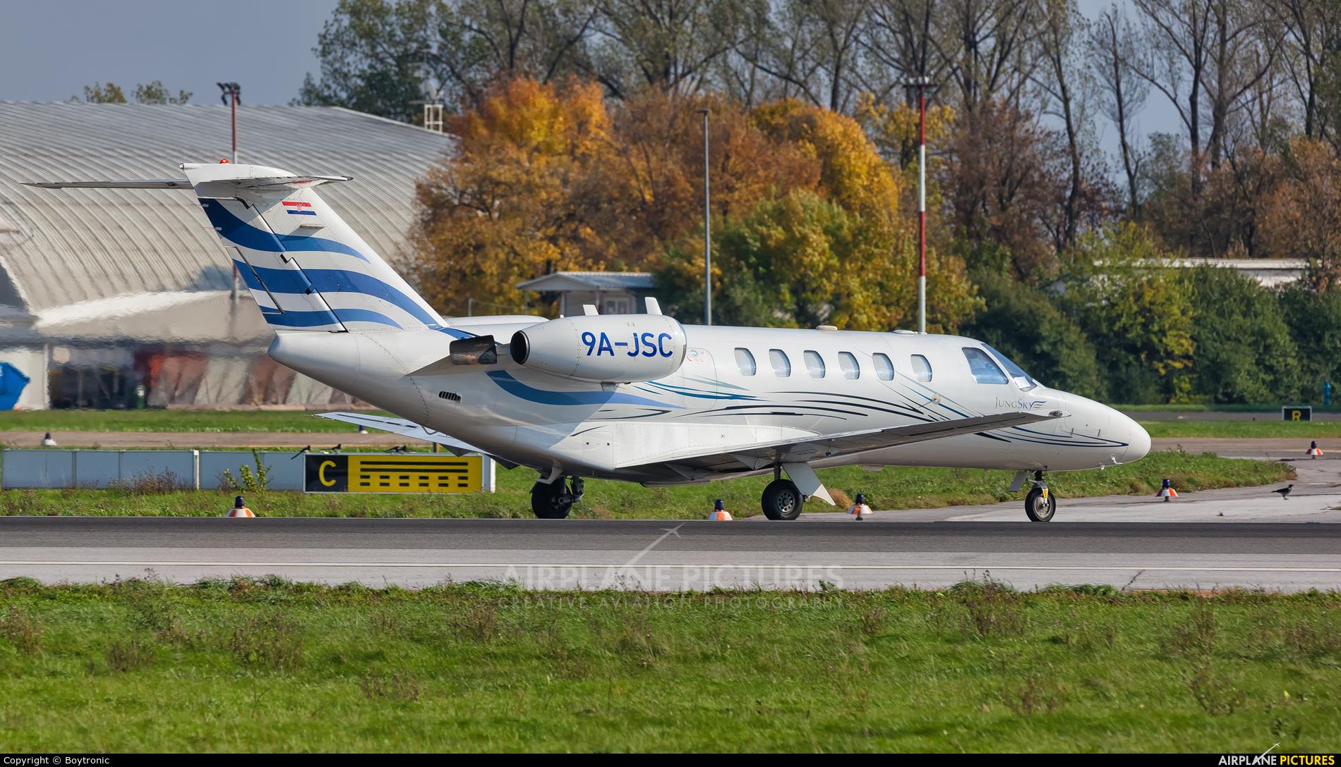 Jung Sky 9A-JSD aircraft at Zagreb