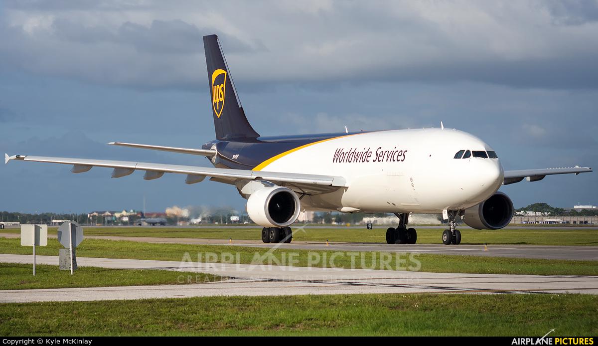 UPS - United Parcel Service N174UP aircraft at Orlando Intl