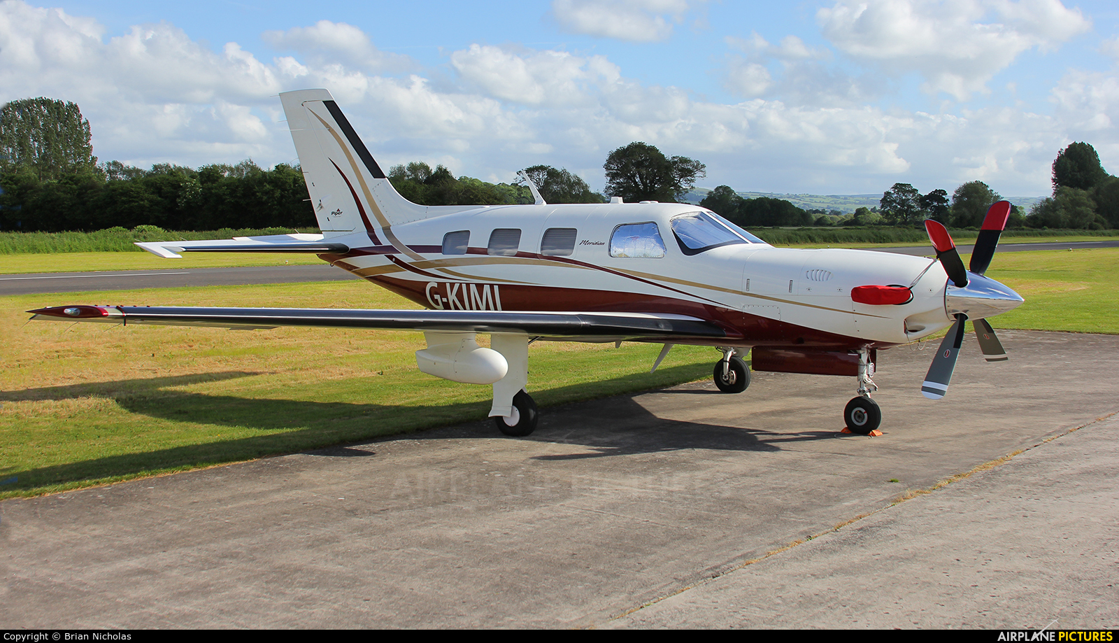 Private G-KIMI aircraft at Welshpool