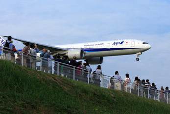 JA782A - ANA - All Nippon Airways - Airport Overview - Photography Location