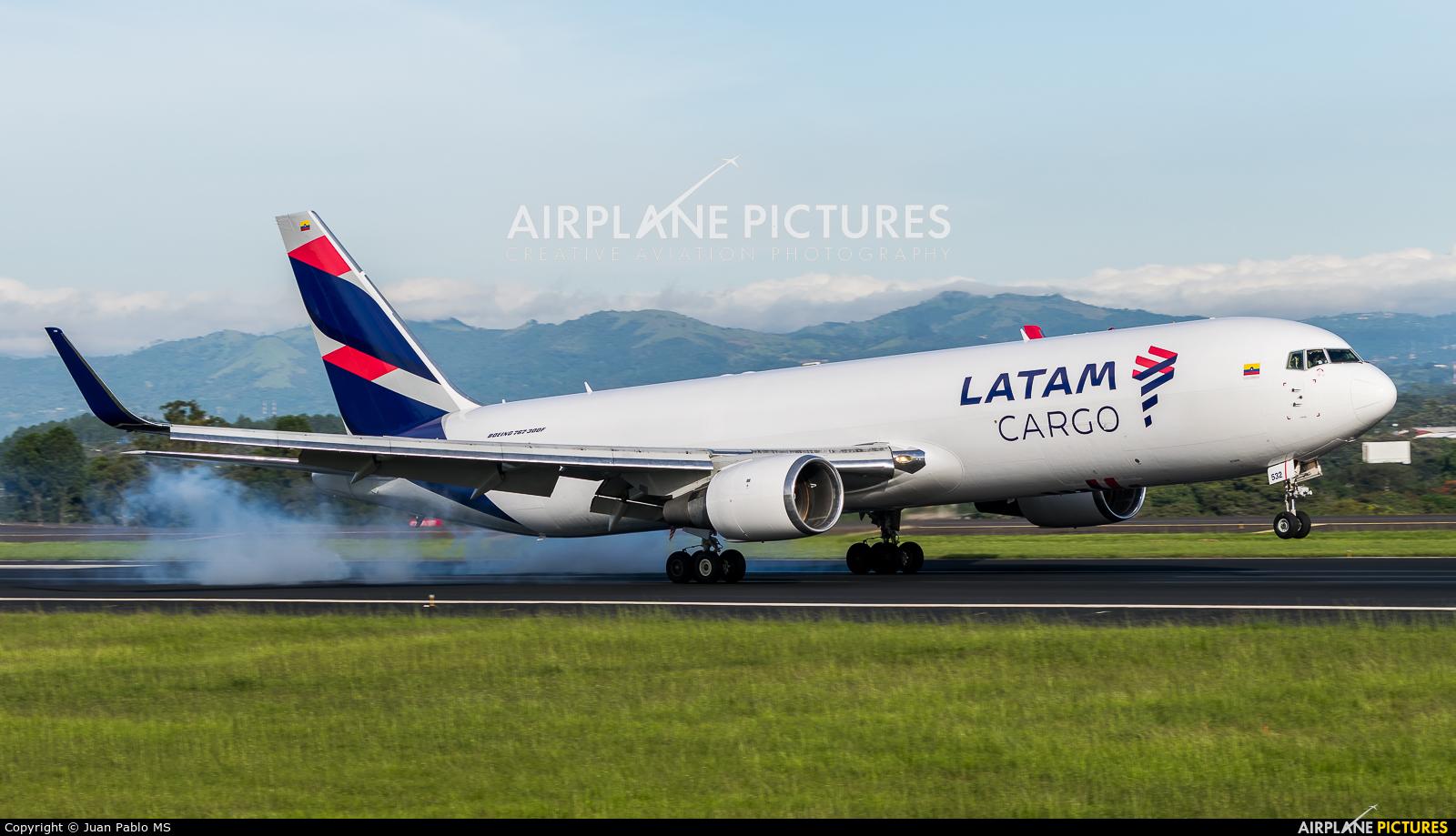 LATAM Cargo N532LA aircraft at San Jose - Juan Santamaría Intl