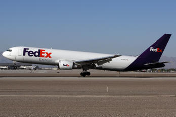 N126FE - FedEx Federal Express Boeing 767-300F