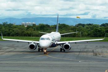 PR-AUB - Azul Linhas Aéreas Embraer ERJ-195 (190-200)