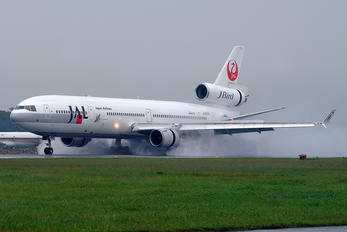 JA8585 - JAL - Japan Airlines McDonnell Douglas MD-11