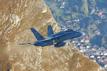 J-5006 - Switzerland - Air Force McDonnell Douglas F-18C Hornet