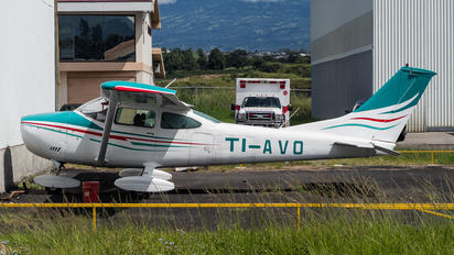 TI-AVO - Private Cessna 182 Skylane (all models except RG)