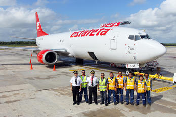 XA-ESF - Estafeta Carga Aerea Boeing 737-400F