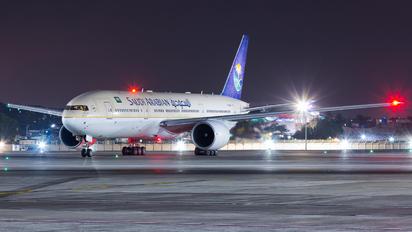 HZ-AKW - Saudi Arabian Airlines Boeing 777-200ER