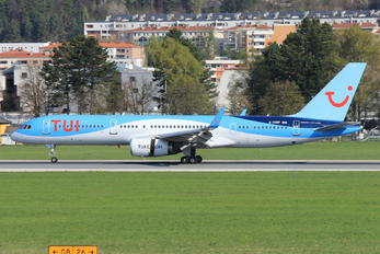 G-OOBP - TUI Airlines UK Boeing 757-200