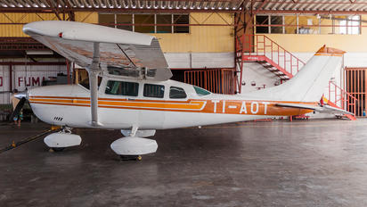 TI-AOT - Private Cessna 206 Stationair (all models)