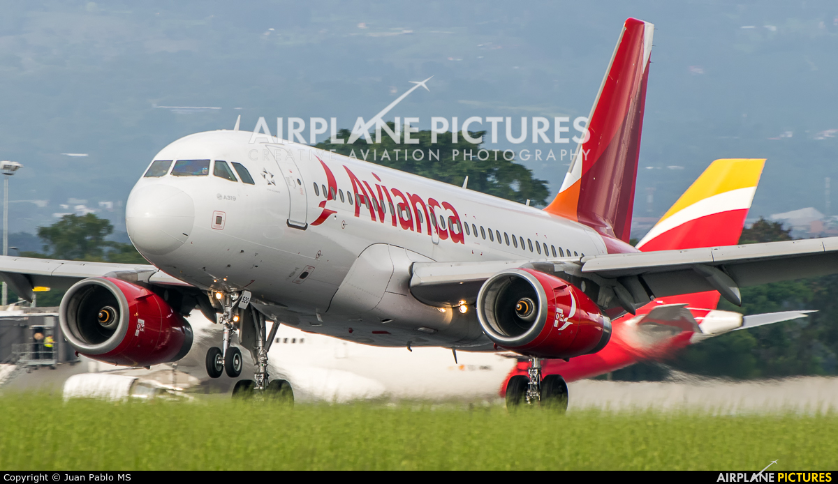 Avianca N520TA aircraft at San Jose - Juan Santamaría Intl