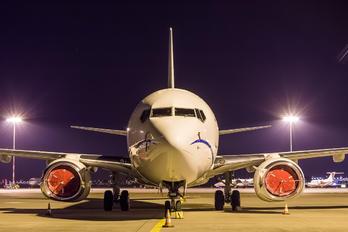 N7600K - Private Boeing 737-700 BBJ